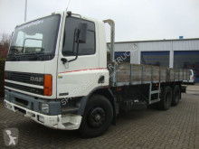 vrachtwagen platte bak DAF