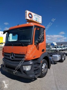 Used chassis truck Mercedes Antos 2543