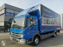 camião caixa aberta com lona Mercedes
