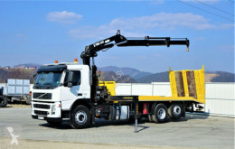 ciężarówka do transportu sprzętów ciężkich Volvo