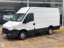 Iveco 35S13V 12m3 truck