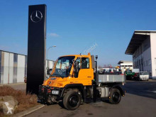 Camión Mercedes UNIMOG U300 4x4 Hydraulik Standheizung Klima caja abierta teleros usado