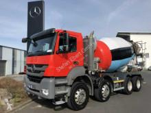 ciężarówka betonomieszarka Mercedes