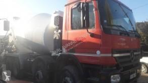 камион бетоновоз втора употреба