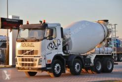 ciężarówka cysterna materiał sproszkowany Volvo