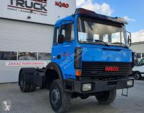 ciężarówka podwozie Iveco