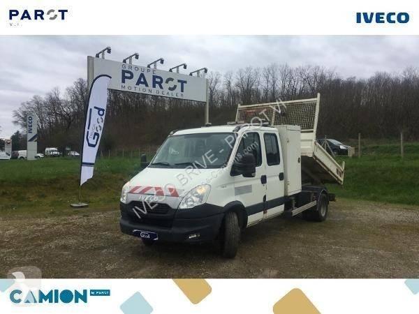 Voir les photos Camion Iveco Daily 70C17