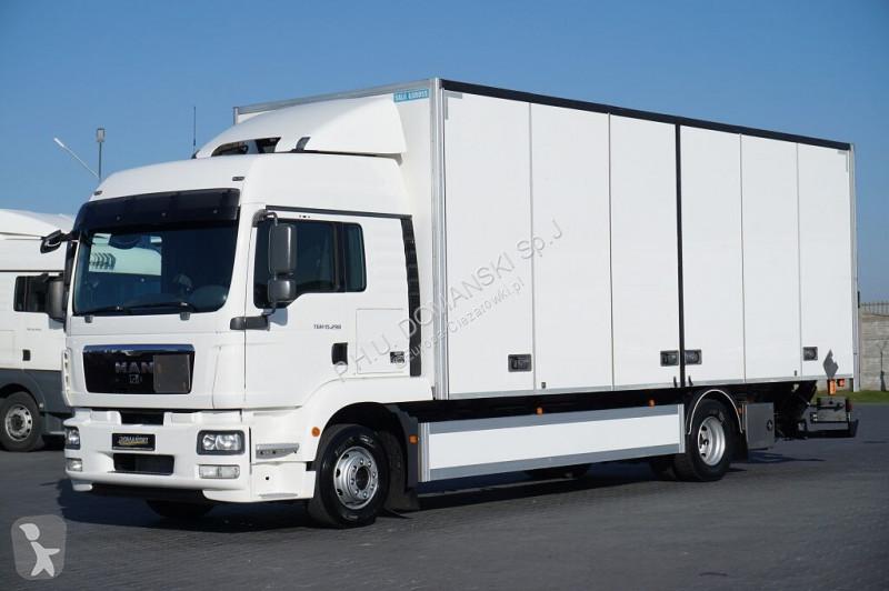 Zobaczyć zdjęcia Ciężarówka MAN TGM -  / 15.290 / EURO 5 / IZOTERMA + WINDA