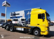 Camion portacontainers usato DAF XF105 FAR 460
