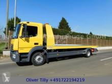 vrachtwagen bergingsvoertuig Mercedes