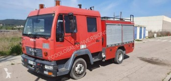 MAN LE 220 C truck used fire engine/rescue vehicle