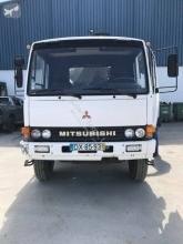 camion plateau ridelles Mitsubishi Fuso