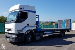 Renault heavy equipment transport truck Kerax 370