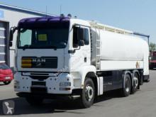 camião cisterna MAN