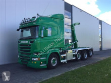 Camión Scania R520 - SOON EXPECTED - 8X2 HOOK JOAB 22T. RETARDER STEERING AXLE volquete usado