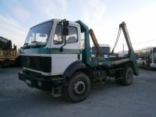 Kamion Mercedes SK 2024 stroj s více korbami použitý