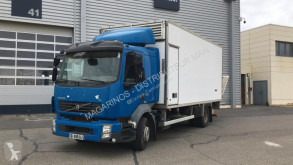 Teherautó Volvo FL 240 használt italszállító furgon