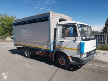 Camion remorcă transport animale Iveco Zeta 50-9