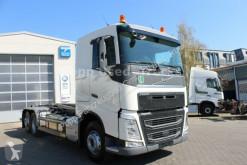 camion dublu Volvo