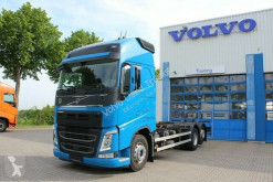 Volvo FH460 6x2 Globetrotter XL/I-ParkCool/ACC/Euro6 A truck