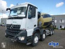 Mercedes betonkeverő beton teherautó