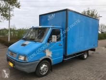 камион фургон Iveco