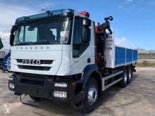 Ciężarówka Iveco TRAKKER 260E36 używana