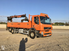 camion Volvo FE 320 6x2 manual + dźwig TEREX 125;2