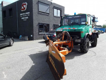 Maquinaria vial camión quitanieves Mercedes Unimog 424 winter dienst VOL sehr sauber TOP