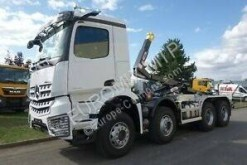 Mercedes hook arm system truck Arocs 4142