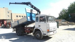 Camion benne Iveco 135.17