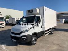 Камион хладилно Iveco 70 C17