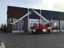 camión bomberos MAN