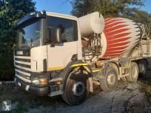Scania P 124P420