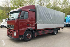 camión lona Volvo