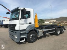 Mercedes Axor 2540 S truck used hook arm system