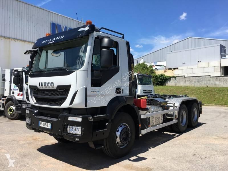 Voir les photos Camion Iveco Trakker AD 260 T 45 P