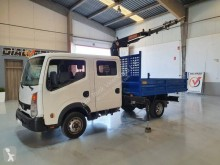 Nissan flatbed truck NT 400
