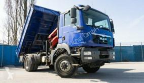 camion benă trilaterala MAN