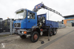 MAN 33.372 truck used flatbed