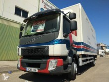 Camion Volvo FL 250-14 fourgon occasion