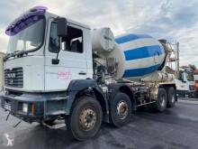 Camion béton toupie / Malaxeur MAN FE 360 A