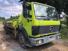 Camion Mercedes SK 1722 plateau ridelles occasion