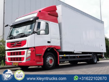 Camion Volvo FM11 fourgon occasion