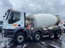 Camion béton toupie / Malaxeur occasion Iveco Trakker 450