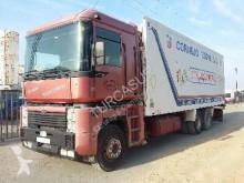 камион Renault MAGNUM 430