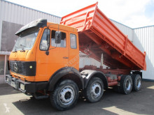 Camión Mercedes 3328 , V8 , 3 way tipper , , spring suspension volquete volquete trilateral usado