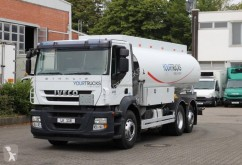 Camion cisterna Iveco Stralis 310