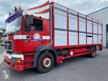 камион за превоз на едър рогат добитък MAN