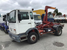Camion multiplu second-hand Renault Gamme M 140